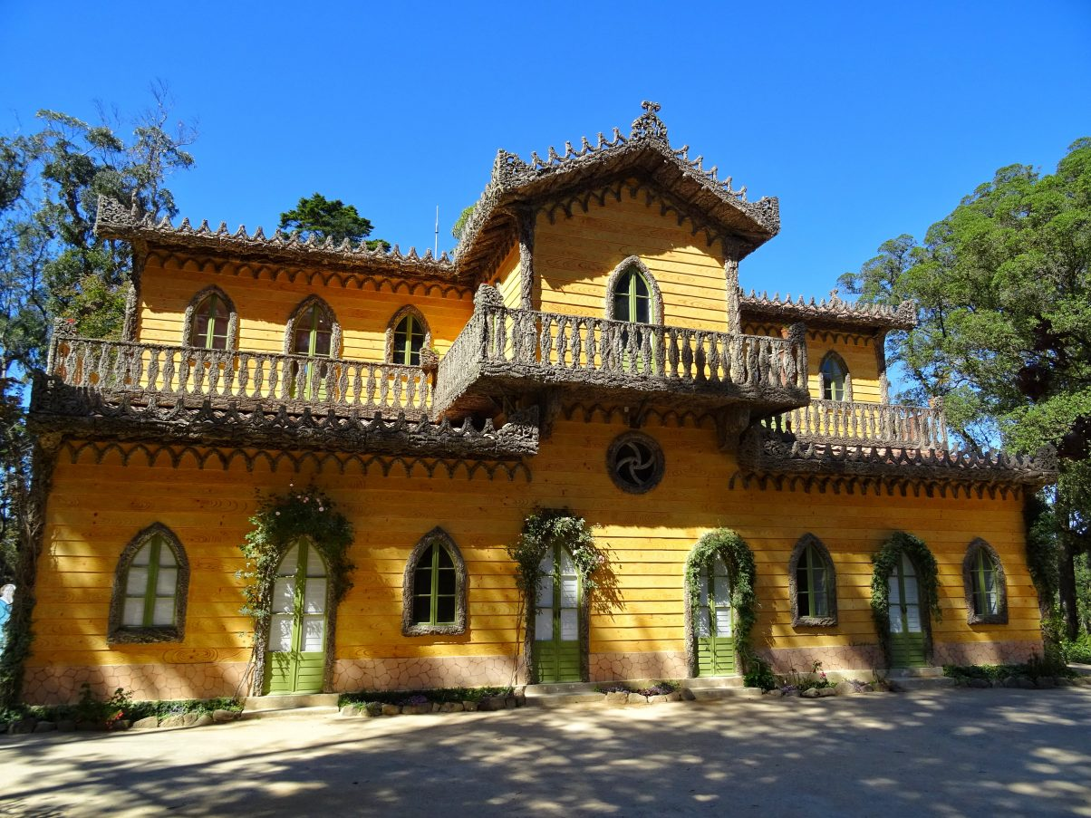 Chalet da Condessa d'Edla in the gardens of Pena Palace