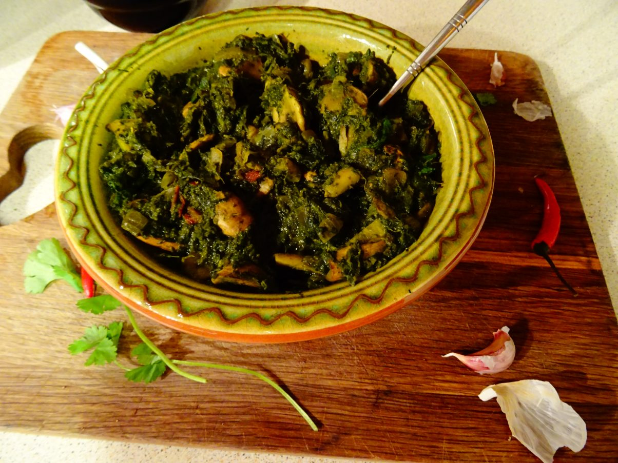 Vegan Mushroom and Spinach Curry