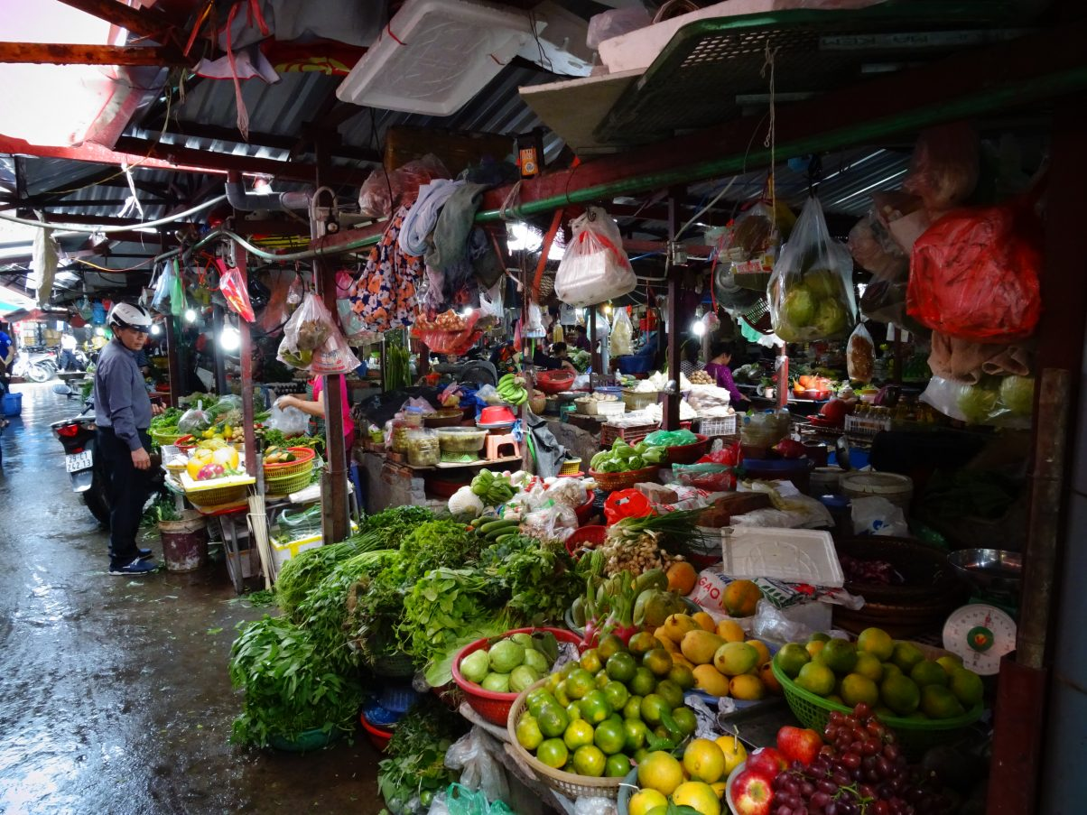 Long Bien fruit and vegetable market, Hanoi, Vietnam