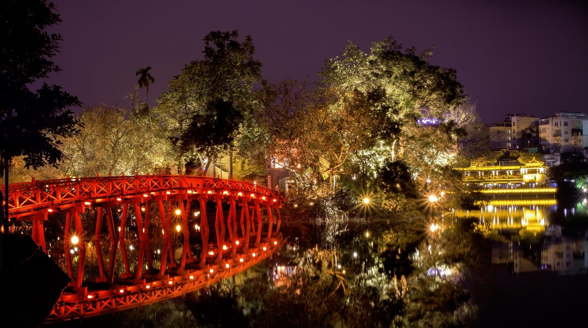 Bridge to the Ngoc Son temple at night, Hoan Kiem Lake, Hanoi, Vietnam