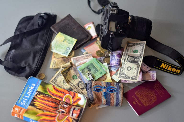 A Whole Bunch of Awesome Budget Travel Tips