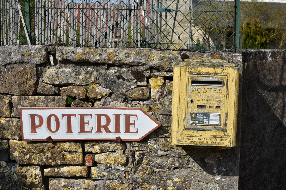 Post box in Vézelay