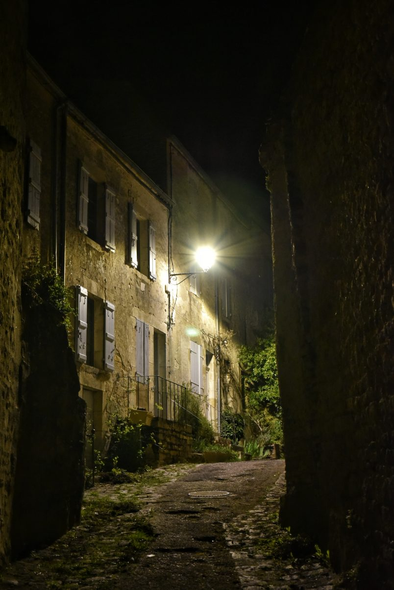 Town of Vézelay at night