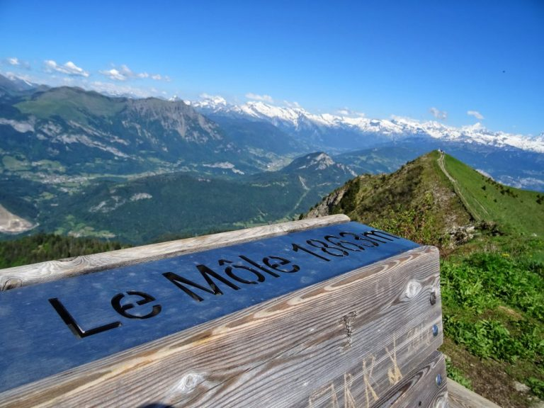 A Guide to Hiking Le Môle – Stunning Panoramic Views of the Alps Close to Geneva