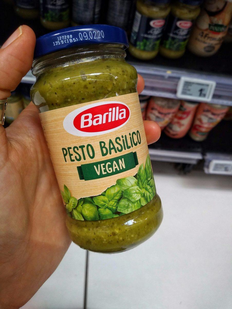 Vegan Food France Pesto