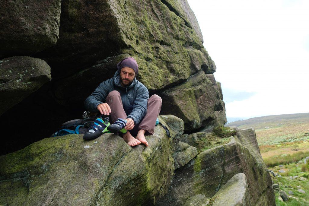 Man climbing for Evolv Supra review