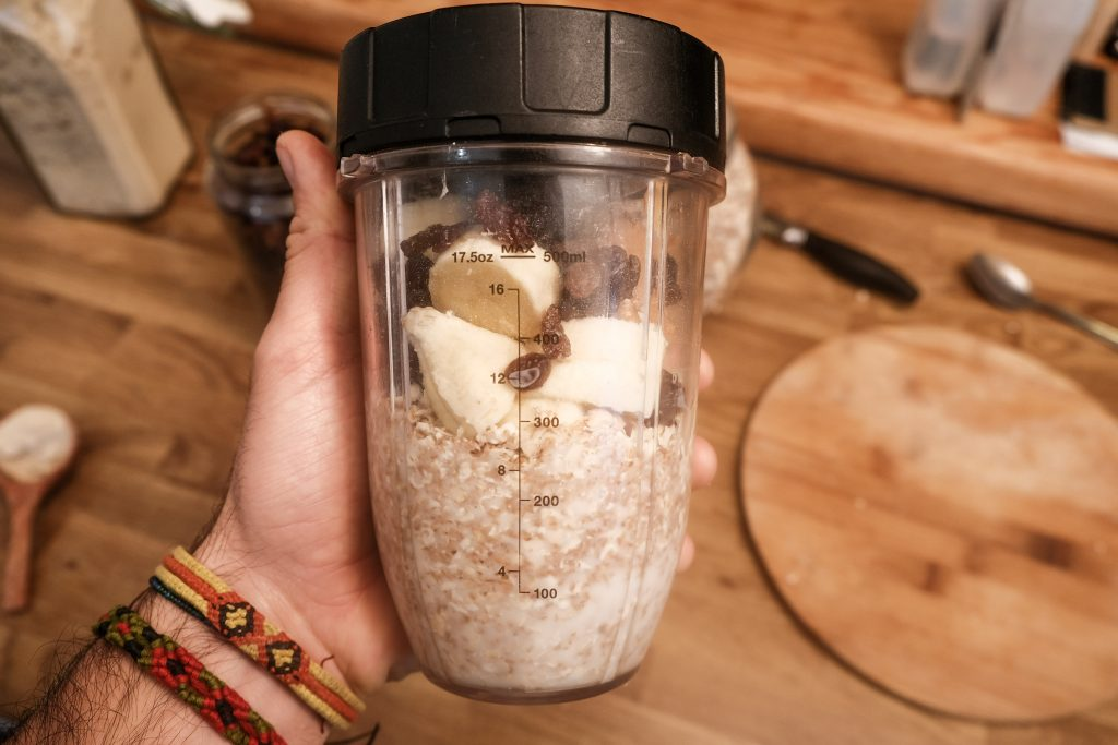 Vegan breakfast smoothie