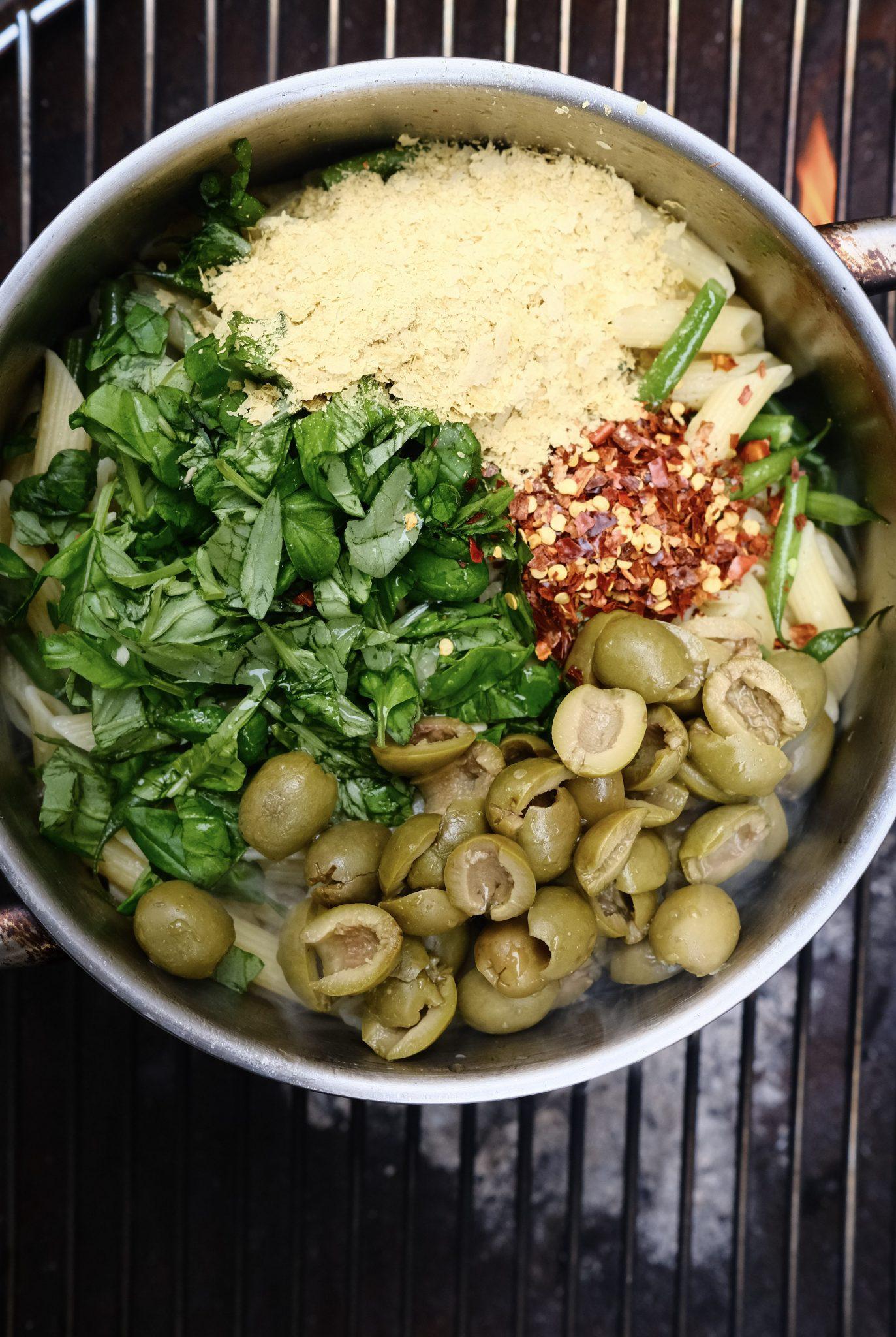 Vegan lemon pasta with ingredients