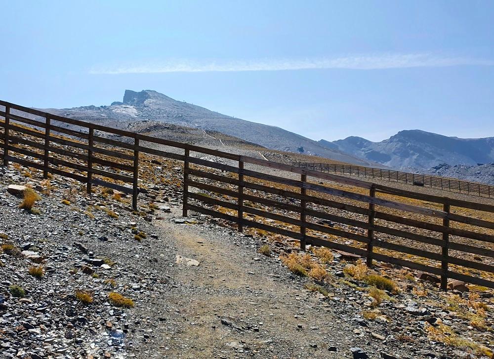 Hiking trail to Pico Veleta-01 - Linn Haglund